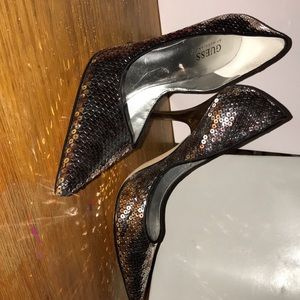 Guess heels sequined pink and gold